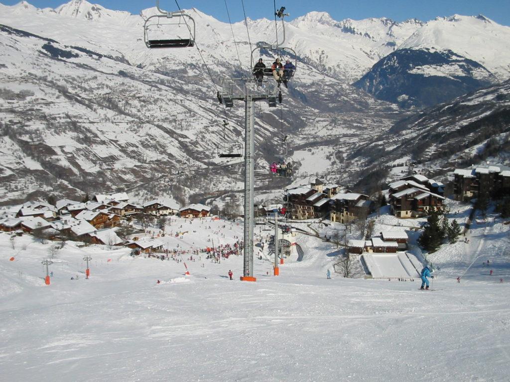 plagne-montchavin-lescoches-paradiski-sport-hiver-montagne-neige-savoie-tarentaise-ski-winter-paysage-familles-vacances-2021