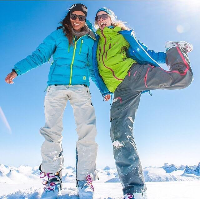 ski-savoie-alpes-tenue-jacket-mask-check-list-suitcase-list-polarized-sunglasses-gloves-boots-afterski-holidays-dress-skisuit-boots-skishoes