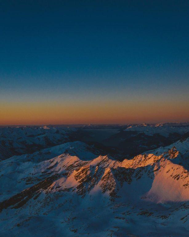 val-thorens-ski-savoie-alpes-du-nord-3-vallées-domaine-skiable-vacances-hiver-activités-neige-station-de-ski-funitel-du-peclet