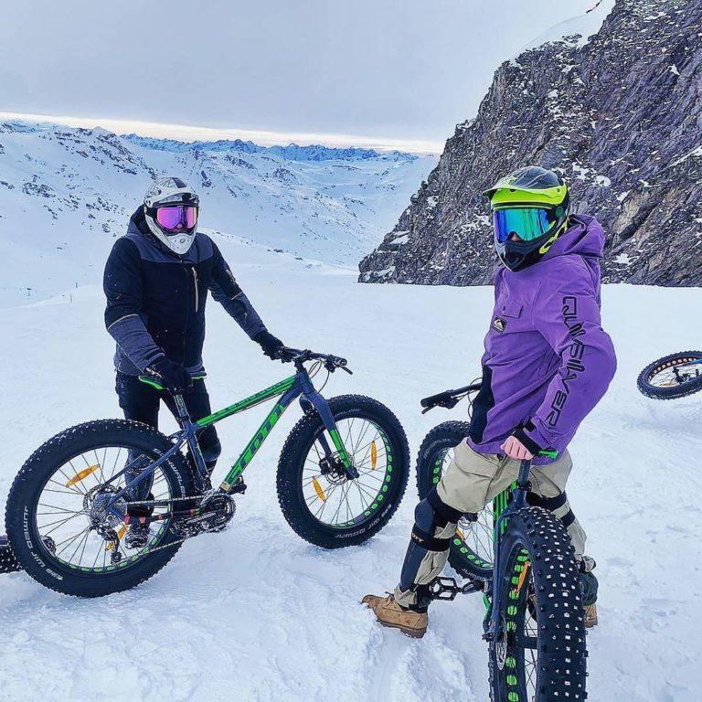 val-thorens-ski-savoie-alpes-du-nord-3-vallées-domaine-skiable-vacances-hiver-activités-neige-station-de-ski-funitel-du-peclet-vtt-fat-bike-snow-bike-pistes