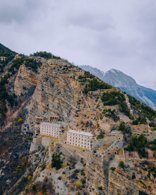 fort-de-tournoux-vallée-de-l-ubaye-carrefour-de-gleizolles-alpes-du-sud-praloup-barcelonnette-alpissime