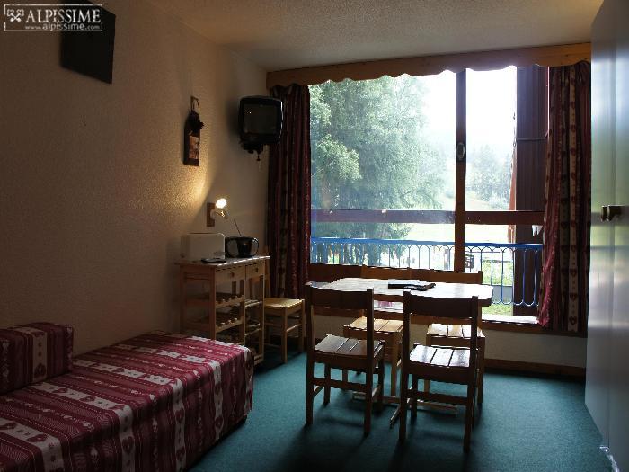 location-studio-Arc-1800-Charvet-5-personnes-1152-1-Alpissime