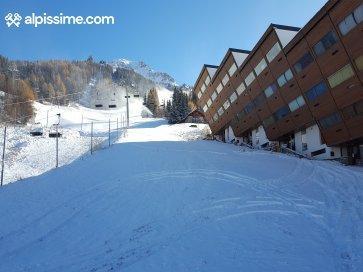 :ARCS 1600 - Studio skis aux pieds