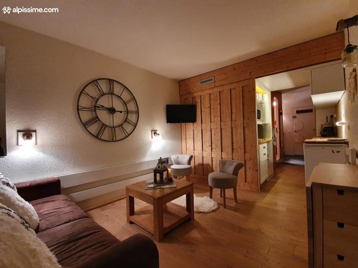 location-studio-Arc-1800-Charvet-5-personnes-1361-1-Alpissime