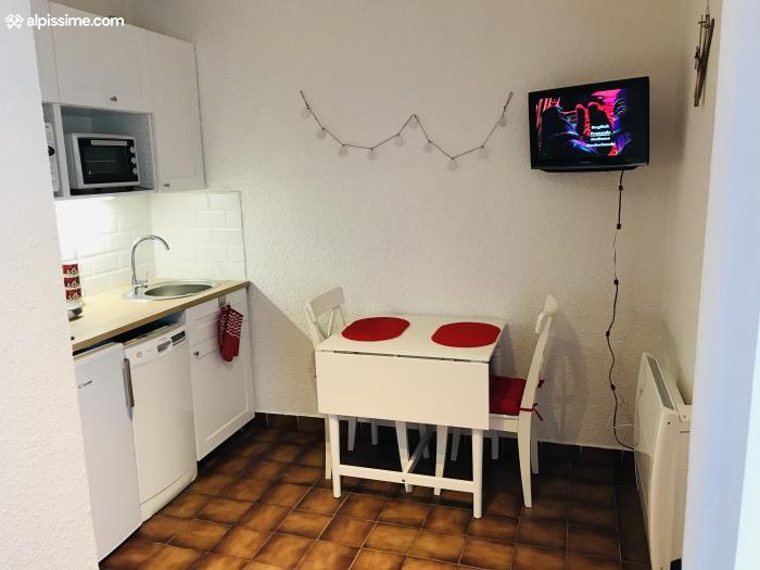 location-studio-Risoul-1850-3-personnes-1402-2-Alpissime