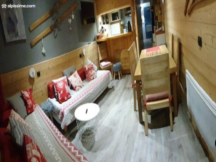 location-studio-Arc-1800-Charvet-5-personnes-462-1-Alpissime